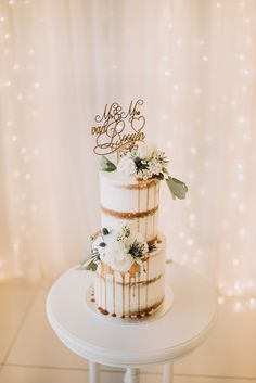 Semi Naked Wedding Cake | Sophisticated White & Green Colour Scheme for an Outdoor Australian Wedding at Summer Grove | Photography & Film by Mad Rose Films