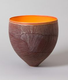 Clay balance pot, by Pippin Drysdale. #ceramics love the surface texture