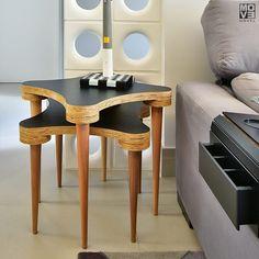 Mesas Ninho com tampo estica e pernas palito. Duas mesas sobrepostas para ficar na lateral, servir de apoio e poder multiplicar! São lindas e podem ser personalizadas na cor e acabamento.  move-móvel-movemovel-mesa-lateral-ninho