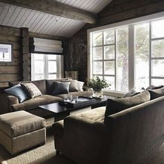 Love the furniture arrangement by the big window My Living Room, Home And Living, Living Spaces, Cozy Living, Chalet Interior, Interior Design Living Room, Kitchen Interior, Cabin Homes, Log Homes