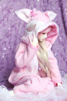 Pink is is like a childChild is pureFull of joys and laughter dollstagram barbiedoll barbie cute magical fairy fairyland beautiful pretty faith worldstar wonders deepestthoughts enjoy positive sunshine Cartoon Girl Images, Cute Cartoon Girl, Anime Girl Cute, Loli Kawaii, Kawaii Doll, Beautiful Barbie Dolls, Pretty Dolls, Anime Dolls, Bjd Dolls