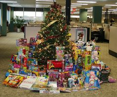 lots of christmas presents | Lots Of Christmas Presents