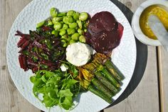 Summer salad with Beetroot greens and courgette flowers. Very summery and super healthy!