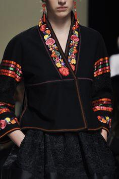 Alberta Ferretti Details S/S '14 majo la otra cara de la moneda!!! y no soy bipolar!!! Adoro a majo