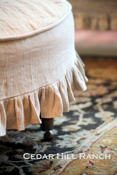 INSPIRATION: Slipcover round foot stool, ottoman from Cedar Hill Ranch: Slipcovering Tips Ottoman Slipcover, Ottoman Cover, Round Ottoman, Slipcovers For Chairs, Furniture Projects, Furniture Makeover, Diy Furniture, French Furniture, Bed Sets
