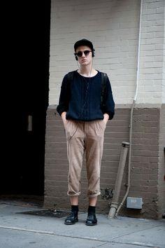 ストリートスナップ [Taylor Pratt] | beacon's closet, Dr.Martens, used, vintage, ドクターマーチン, ヴィンテージ, 古着 | ニューヨーク | Fashionsnap.com