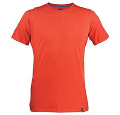THE VINTAGE LOGO T-SHIRT PROVIDES PERFECT FREEDOM OF MOVEMENT AND COMFORT BY ELIMINATING SEAMS UNDER THE ARMS AND BY USING A SPECIAL SIDE INSERT CONSTRUCTION CUT DIAGONALLY ON THE GRAIN FOR ADDED ELASTICITY.