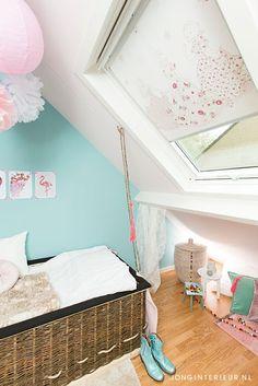 Meisjeskamer Girls room JONGInterieur.nl luchtballon pastel