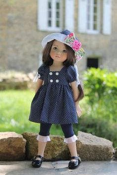 N°13 patron 009 American Girl Clothes, Girl Doll Clothes, Girl Dolls, Pop Dolls, Cute Dolls, Newberry Dolls, Wellie Wishers, Fabric Dolls, Handmade Clothes