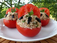 Tomates à l'antiboise Antibes, Sushi, Delish, Stuffed Peppers, Fruit, Vegetables, Eat, Ethnic Recipes, Food