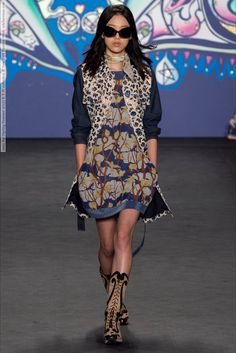 Anna Sui (Spring-Summer 2015) R-T-W collection at New York Fashion Week  #AnnaSui #AntoniaWesseloh #AntoninaPetkovic #DaphneGroeneveld #EllaRichards #FeiFeiSun #HanneGabyOdiele #IssaLish #JamieBochert #JaniceAlida #JuliaNobis #KoukaWebb #LexiBoling #LiliSumner #LiuWen #MalaikaFirth #NatalieWestling #NewYork #OndriaHardin #OphelieGuillermand #SarahBrannon #SashaLuss #SoRaChoi #SteffyArgelich #SungHee #VanessaAxente #VanessaMoody #XiaoWenJu