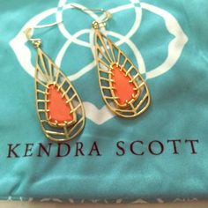 Kendra Scott coral and gold earrings Kendra Scott coral and gold earrings Kendra Scott Jewelry Earrings
