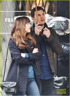 Jamie Dornan is Dakota Johnson's Umbrella Holder on 'Fifty Shades Darker' Set! @lilyslibrary !!! OMG !!!