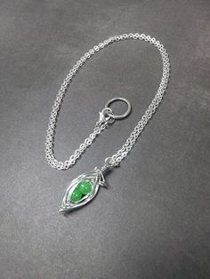 Wire Wrapped Two Peas In A Pod Pendant Necklace Beaded Charm Glass Silver Tone Lobster Clasp MC16