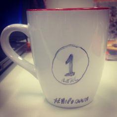 Hipocrisia, ajuda, só com plateia. www.diariodebordo.net.be #café #cafeína #dolcegusto #nespresso #caneca #hipocrisia #humano #desamor #faltaamor #semdeus