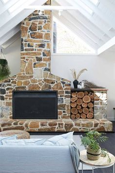 Trendy home living room modern fire places Ideas Living Room Modern, Home Living Room, Outdoor Stone, Outdoor Fire, Farmhouse Fireplace, Wood Storage, Storage Ideas, Storage Baskets, Ikea Storage