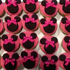 Cupcakes For Kids Birthday Little Girls Minnie Mouse 52 Ideas Girl Birthday Cupcakes, Minnie Mouse 1st Birthday, Minnie Mouse Party, Girl First Birthday, First Birthday Parties, First Birthdays, Birthday Ideas, Cute Cupcakes, Minnie Cupcakes