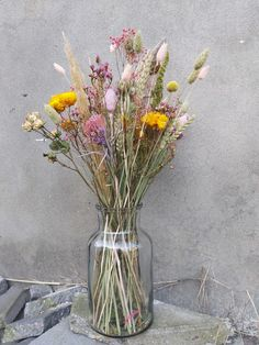 Dried Flower Bouquet, Dried Flowers, Dried Flower Arrangements, Dry Plants, Diy Centerpieces, Beautiful Interiors, Plant Decor, House Plants, Beautiful Flowers