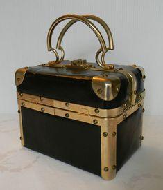 Vintage Fleurette of Miami Italian box purse