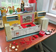 On Tuesday, I spent the afternoon assembling the Marx Modern Toy Kitchen that I discovered last weekend at the Wellfleet Flea Market on Cape Cod. 60s Toys, Retro Toys, Doll Toys, Plastic Bead Crafts, Toy Kitchen Set, Brother Quotes, Daughter Quotes, Family Quotes, Quotes Quotes