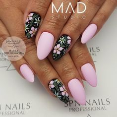 Call Me Baby, Finger Nails, Professional Nails, Mani Pedi, Nail Designs, Hair Beauty, Nail Art, Projects, Nail