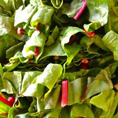 Swiss Chard with fruit & nuts - something that you just have to try - old European thing, but totally good NOW! Vegetable Side Dishes, Fruit, Veggies, Food, Meal, Vegetable Sides, The Fruit, Vegetables, Eten