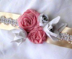 http://4.bp.blogspot.com/-iGOS7fkqLdc/T0AoFBBC3vI/AAAAAAAAASY/l2KNixh6uWk/s320/chiffon+corsage+036.JPG