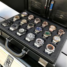 """Meaning """"invincible"""" in Latin, Invicta watches were really made as early as Creator Raphael Picard wanted to bring customers high quality Swiss watches… Old Watches, Swiss Army Watches, Stylish Watches, Luxury Watches For Men, Sport Watches, Dream Watches, Watch Organizer, Expensive Watches, Hand Watch"""