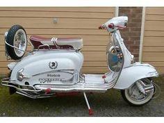 LAMBRETTA TV175 SERIES 2 (1961) - http://motorcyclesforsalex.com/lambretta-tv175-series-2-1961/