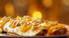 Danske desserpannekaker Foto: Fra TV-serien Spise med Price i København / DR Churros, Chocolates, Cheesesteak, Queso, Hot Chocolate, Mashed Potatoes, Pancakes, Sausage, Deserts