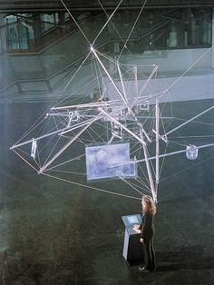 Suspended Tensegrity Construction by Plottegg, Böhm, Huth 2001 02061 by TensegrityWiki, via Flickr