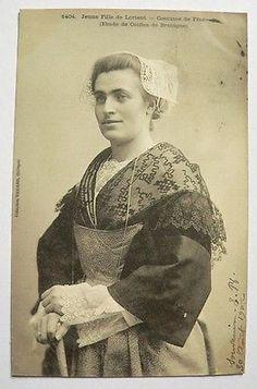 CPA - Jeune fille de Lorient-Etude de Coiffe Coll. Villard Costume N°1404- 1902