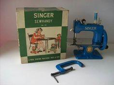 MAQUINA SINGER TOY. DEC.1950 .COM EMBALAGEM
