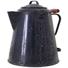 Graniteware Cowboy Coffee Pot ($115) ❤ liked on Polyvore featuring home, kitchen & dining, serveware, coffee & tea service, red coffee pot, enamel coffee pot, cowboy coffee pot, red enamel coffee pot and coffee tea pot