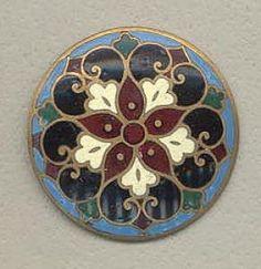 Cloisonné button