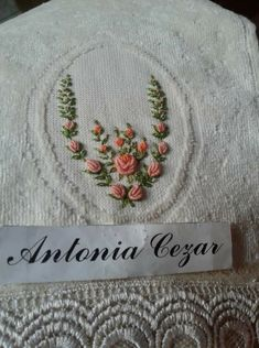Beautiful Flowers Images, Flower Images, Happy Flowers, Ribbon Crafts, Needlecrafts, Embroidery, Sewing, Hand Embroidery Flowers, Embroidered Towels