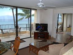 VRBO.com #785184 - Coveted Paki Maui Ocean Front Retreat for Couples and Families
