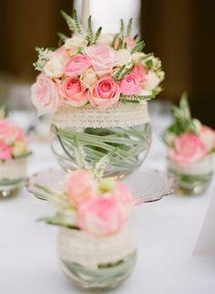 Mini rosas Decoração de Casamento Simples e Bonita Clube Noivas