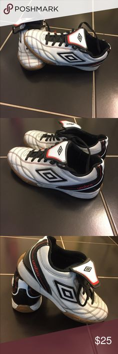 🎉Umbro Boy's Sneaker Sale🎉 Size 4 Boys Umbria Sneakers.  White, black and red.  Worn one season.  Super comfortable! Umbro Shoes Sneakers