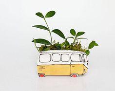 Vase petit Westfalia jaune pour plantes. Cache-pot parfait pour cactus,succulente. Petite jardinière unique!