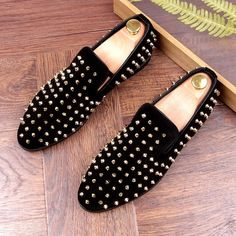Black Gold Suede Spike Studs Punk Rock Mens Loafers Flats Dress Shoes - Loafers Outfit - Ideas of Loafers Outfit - Black Gold Suede Spike Studs Punk Rock Mens Loafers Flats Dress Shoes Leopard Print Loafers, Black Loafers, Loafers Men, Black Shoes, Penny Loafers, Mens Dress Outfits, Men Dress, Comfortable Mens Dress Shoes, Loafers Outfit