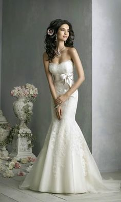 Pretty!! Erin-Mermaid Style Ivory Wedding Dress Size 6 and by SMKCoutureBridal, $285.00