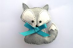 Felt Fox - inspiration for handmade Christmas ornament (make with a wolf for Tate)