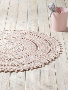 Tapis rond crochet - nude rose, Maison - Vetement et déco Cyrillus