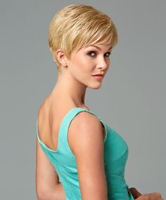 Love by Gabor. You will love this short, classic cut with smooth layers on the top and sides that blend with barely waved layers in the back. #love #gabor #gaborbasics #wig