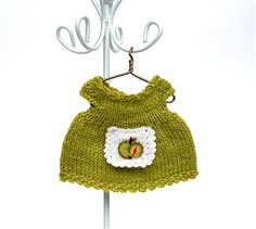 Doll clothes miniature hand-knitted green colour dress with apron with embroidered apple/ dress for  small doll 3.5 - 4 inches by AnnaToys on Etsy