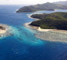 Aerial views over beautiful Manta Ray Island Resort. Photo credit Chris McLennan
