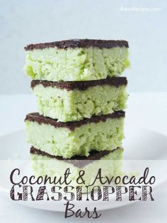 No Bake Vegan Dessert! Paleo Coconut & Avocado Grasshopper Bars - the perfect healthy dessert! #yummy