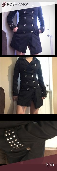 Peacoat So beautiful 😍 coat, very chic..color black . Size small. Great quality. Jackets & Coats Trench Coats