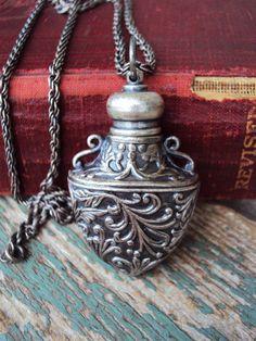 Vintage Perfume Pendant Necklace Perfumette Victorian Silver Dauber Poison Potion Bottle
